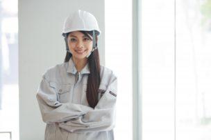 工場勤務の女性の制服
